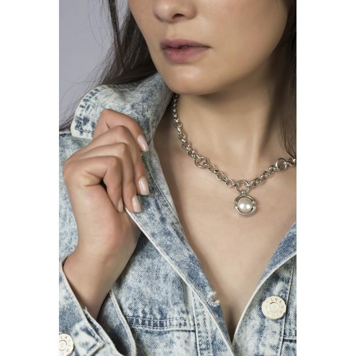 Collar DIFFERENT corto con perla